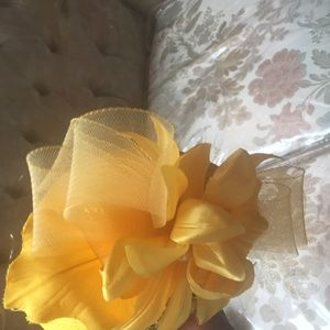 yellow dress hat